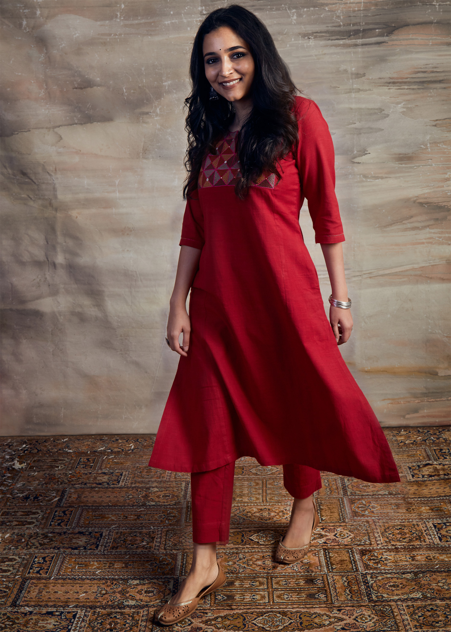 Red Handwoven Cotton Kurta with Fish Tanka & Abla Handwork