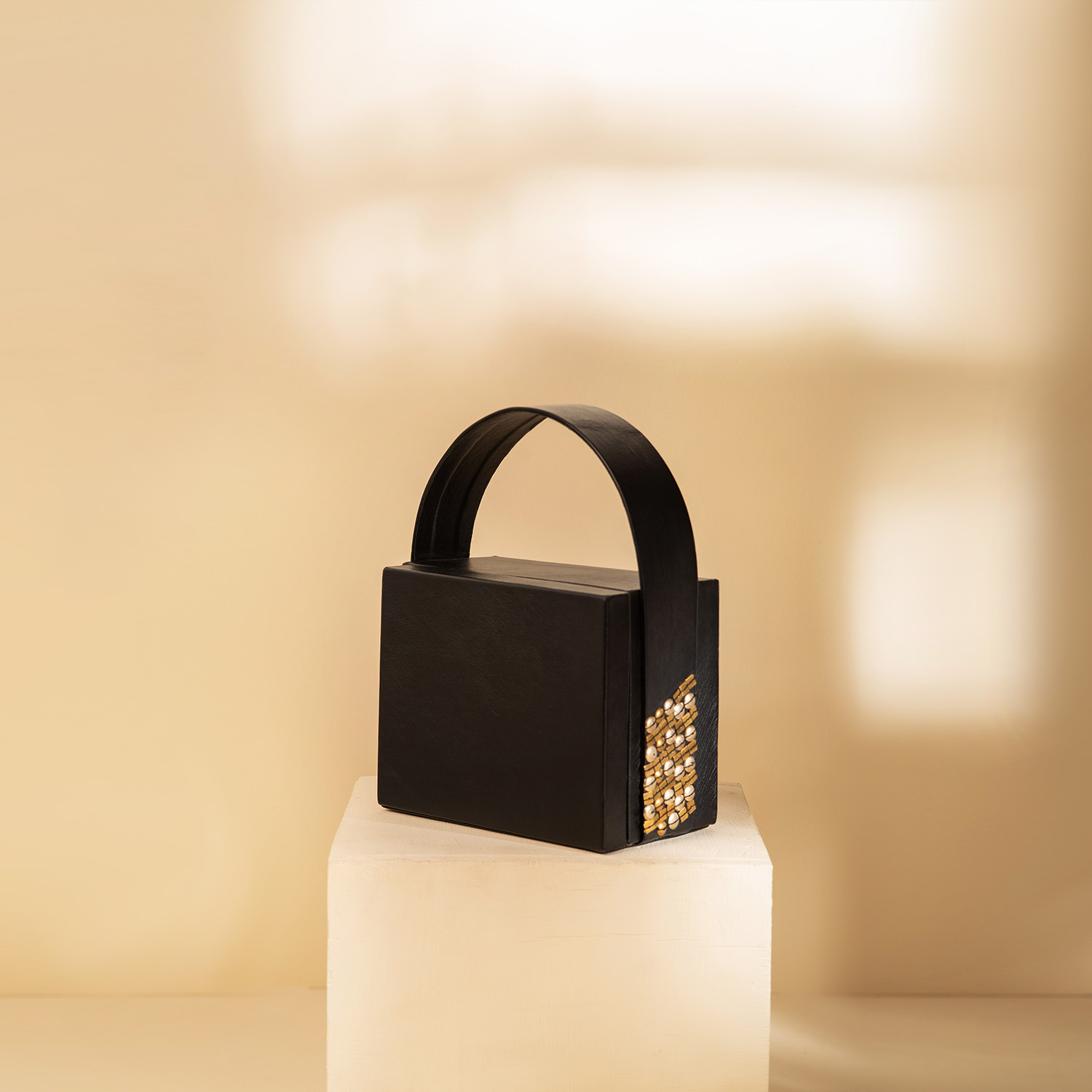The Box Bag - Black