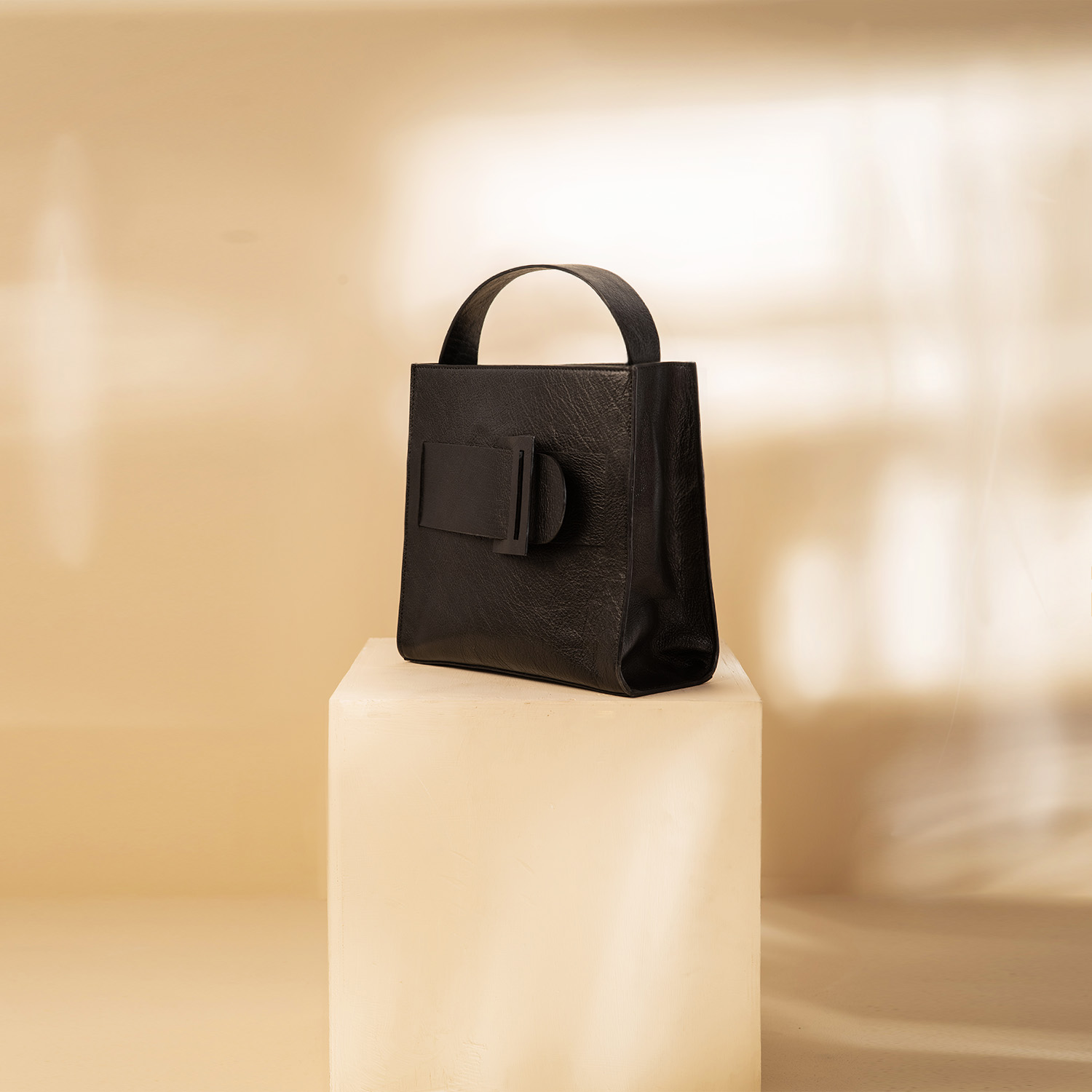 The Maxi Belt Bag - Coal