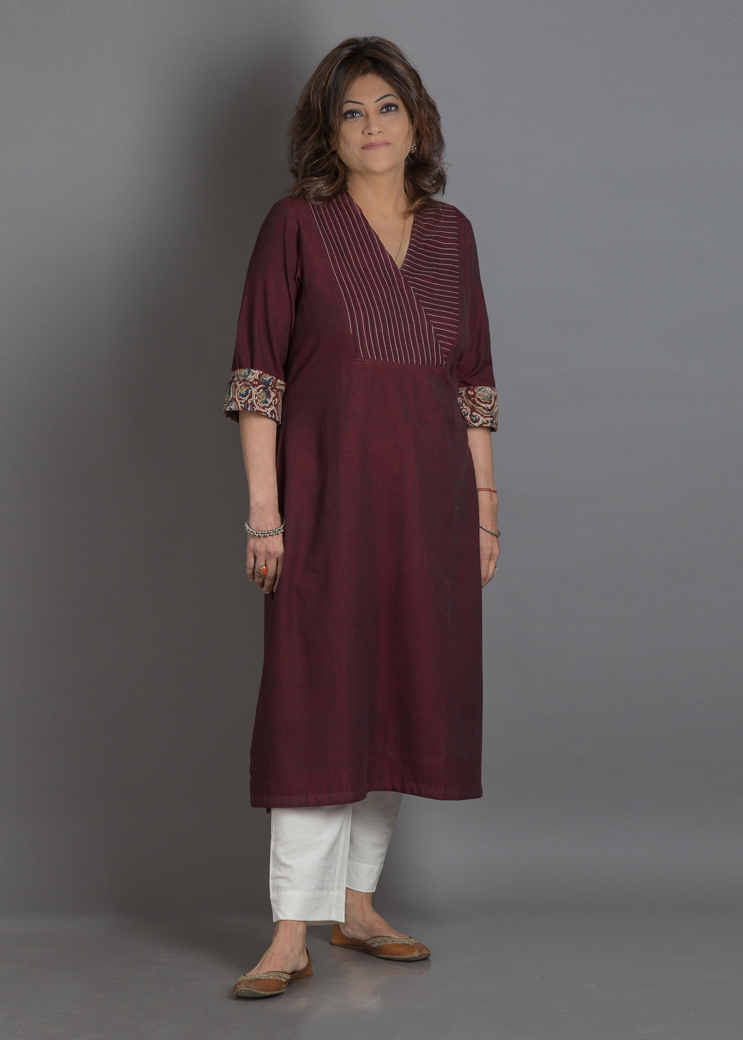 Burgundy Pintuck & Tagai Handwoven Cotton Kurta with Kalamkari Cuffs