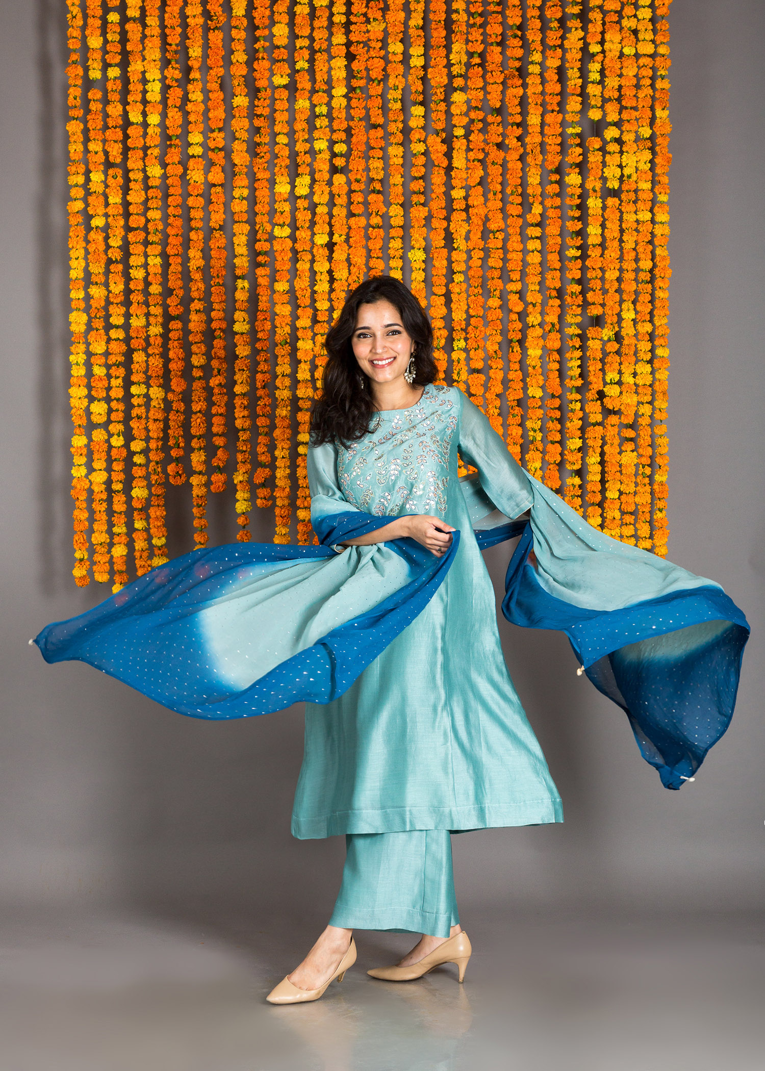 catalog/Festive 2018/blue chanderi ens 1.jpg