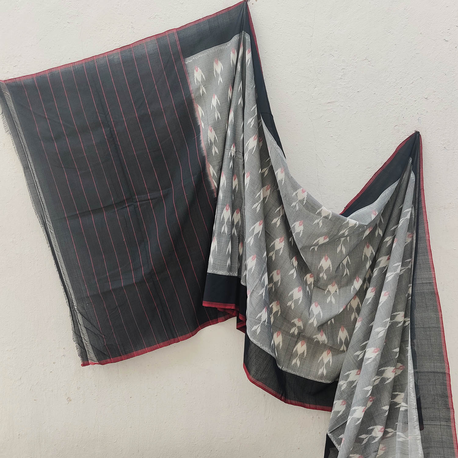 Black & Grey Fish Motif Ikat Cotton Saree