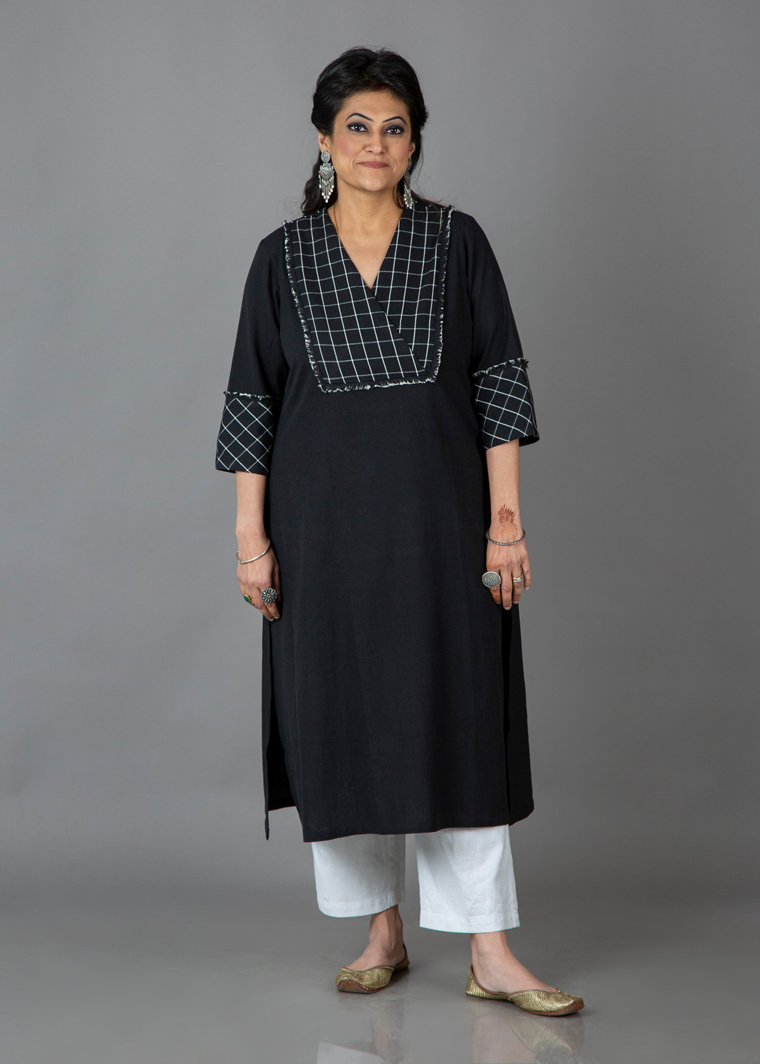 Ink Black & White Check Yoke Handwoven Cotton Kurta