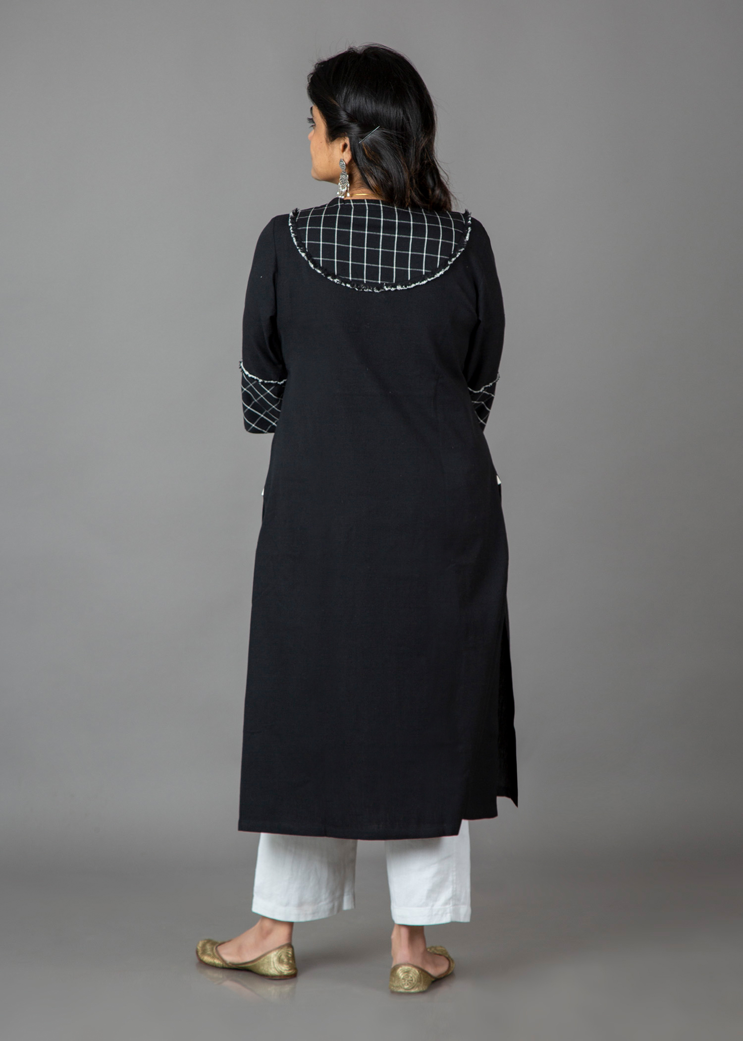 catalog/New Collection Jan-Feb 2018/black kurta 4.jpg
