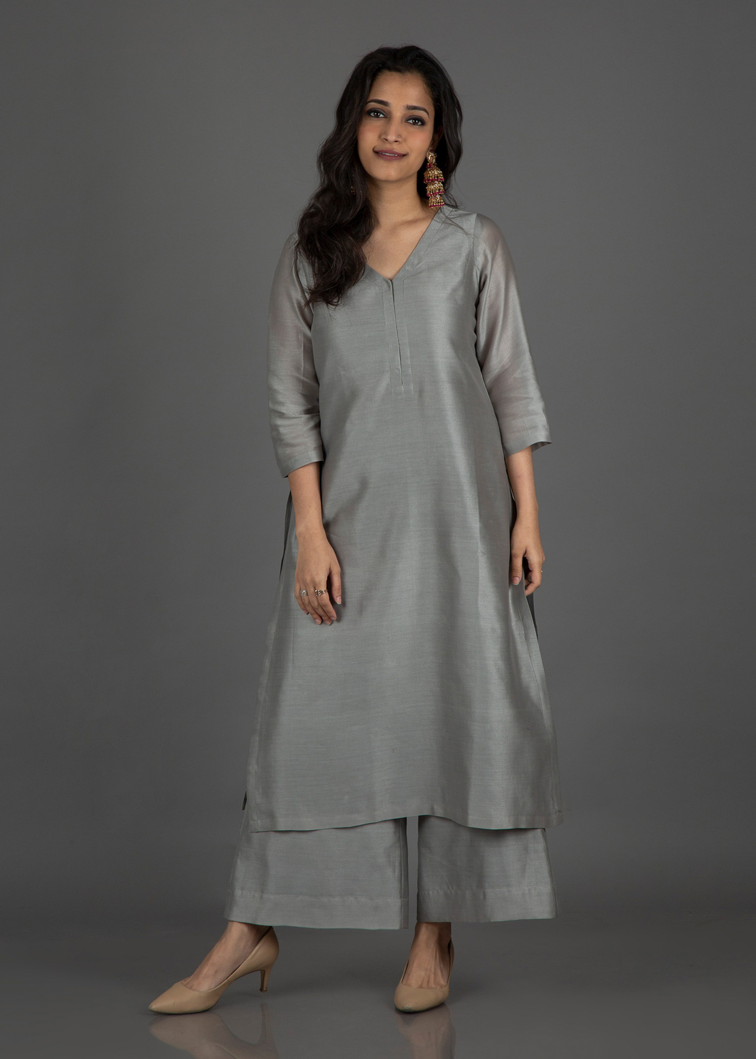 Pearl Grey Silk Chanderi Ensemble with Silk Chanderi Dupatta