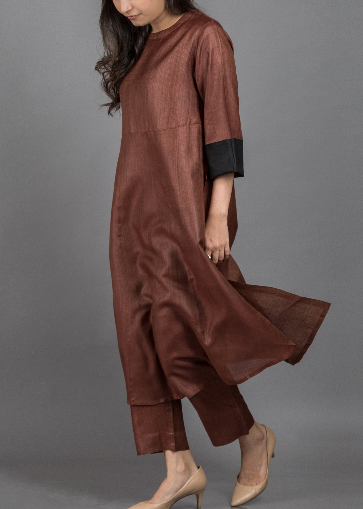 catalog/October-November 2017/brown silk 3.jpg